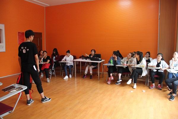北京表演艺考培训.JPG