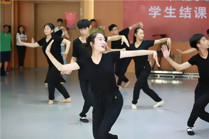 北京表演艺考.jpg