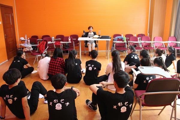 表演艺考培训.JPG
