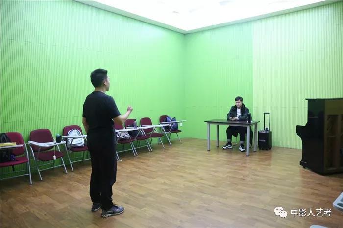 表演培训班声乐课堂